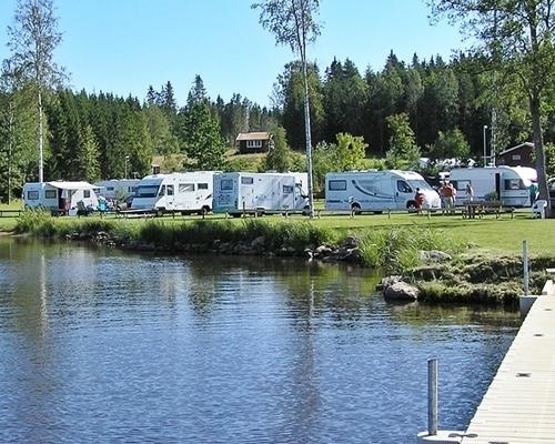 Målsånna camping at the lake