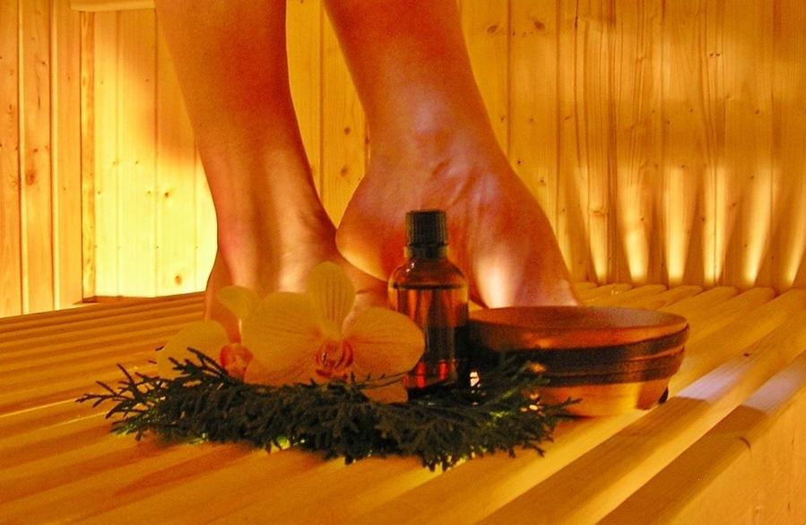 Raindrop-Technique in sauna